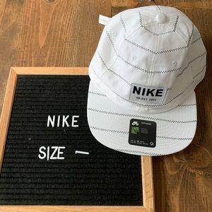 Nike SB Heritage86 Hat